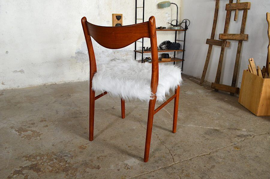 chaise scandinave heidi fausse fourrure. Black Bedroom Furniture Sets. Home Design Ideas