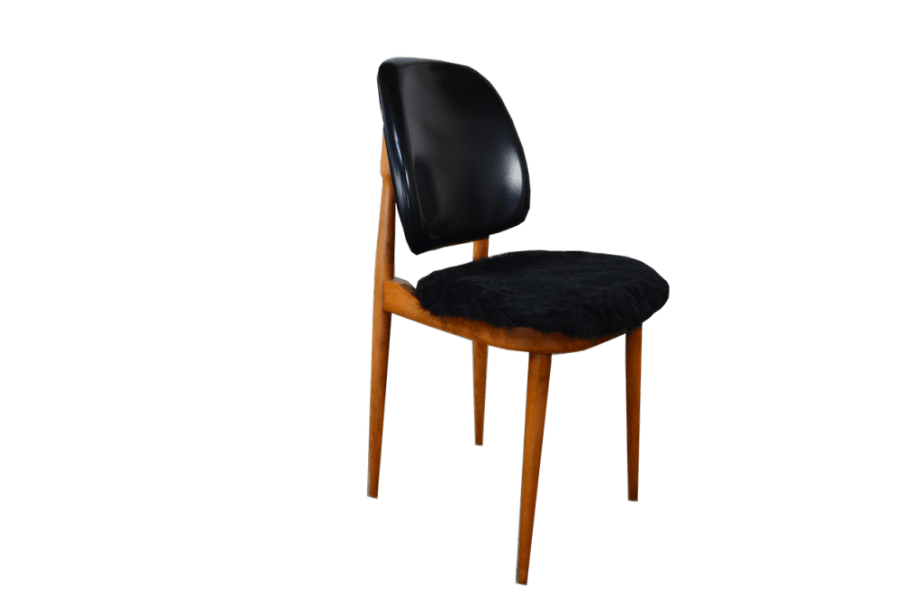 Chaises en simili cuir noir de Pierre Guariche 1960 | Selency