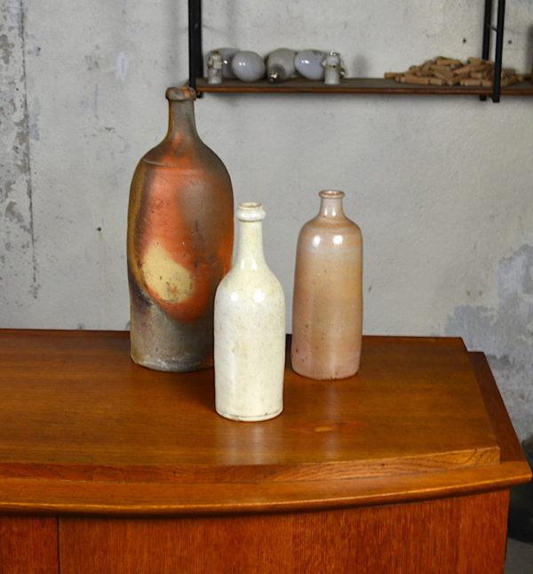 Vase bouteille déco vintage en grés emaillé