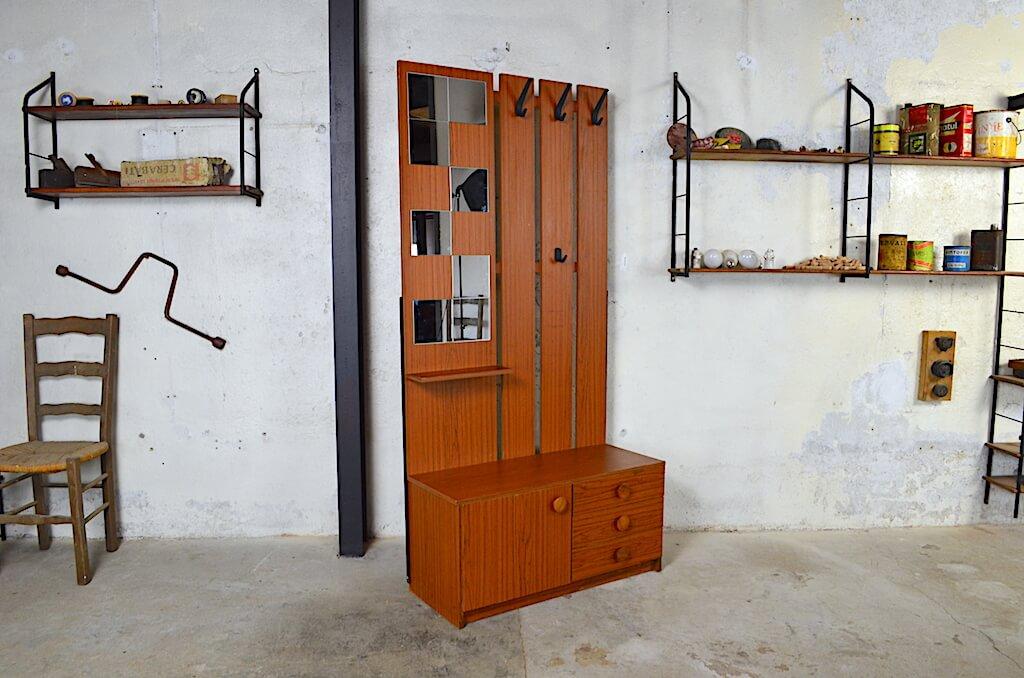 meuble vestiaire eddy design vintage r tro 1970 meubles vintage et brocante. Black Bedroom Furniture Sets. Home Design Ideas