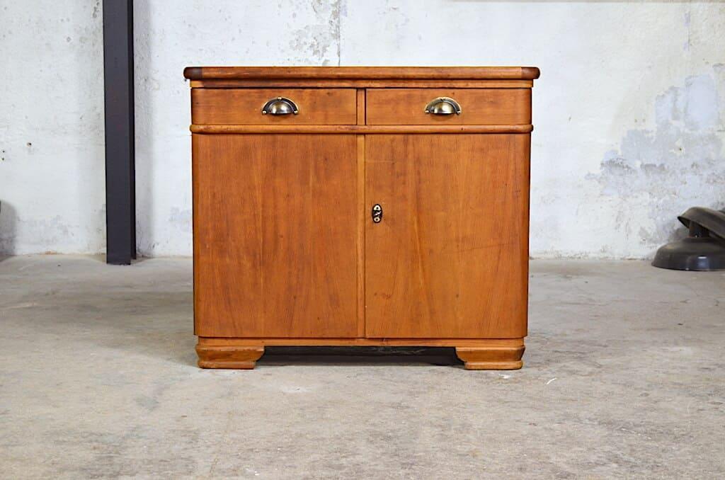 meuble bas vintage antoine des ann es 50. Black Bedroom Furniture Sets. Home Design Ideas