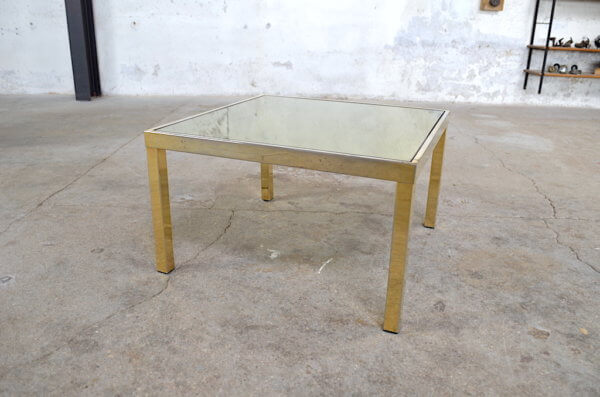 Table basse Daniela verre fumé & métal doré 1970