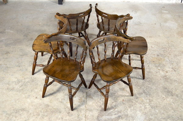 Chaises western Virginia vintage 1970 / 1980 saloon chalet bistrot
