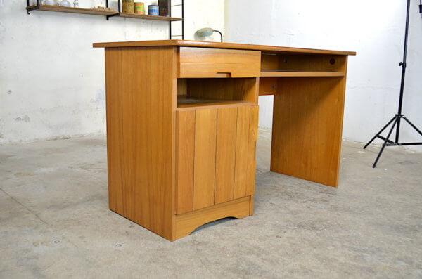 Bureau vintage en orme 1980 dlg Regain Chapo